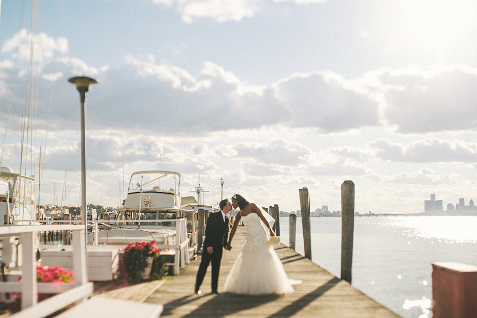 Ann Arbor Detroit Michigan Stylish Wedding Photographer Heather Jowett Yacht Club Photography