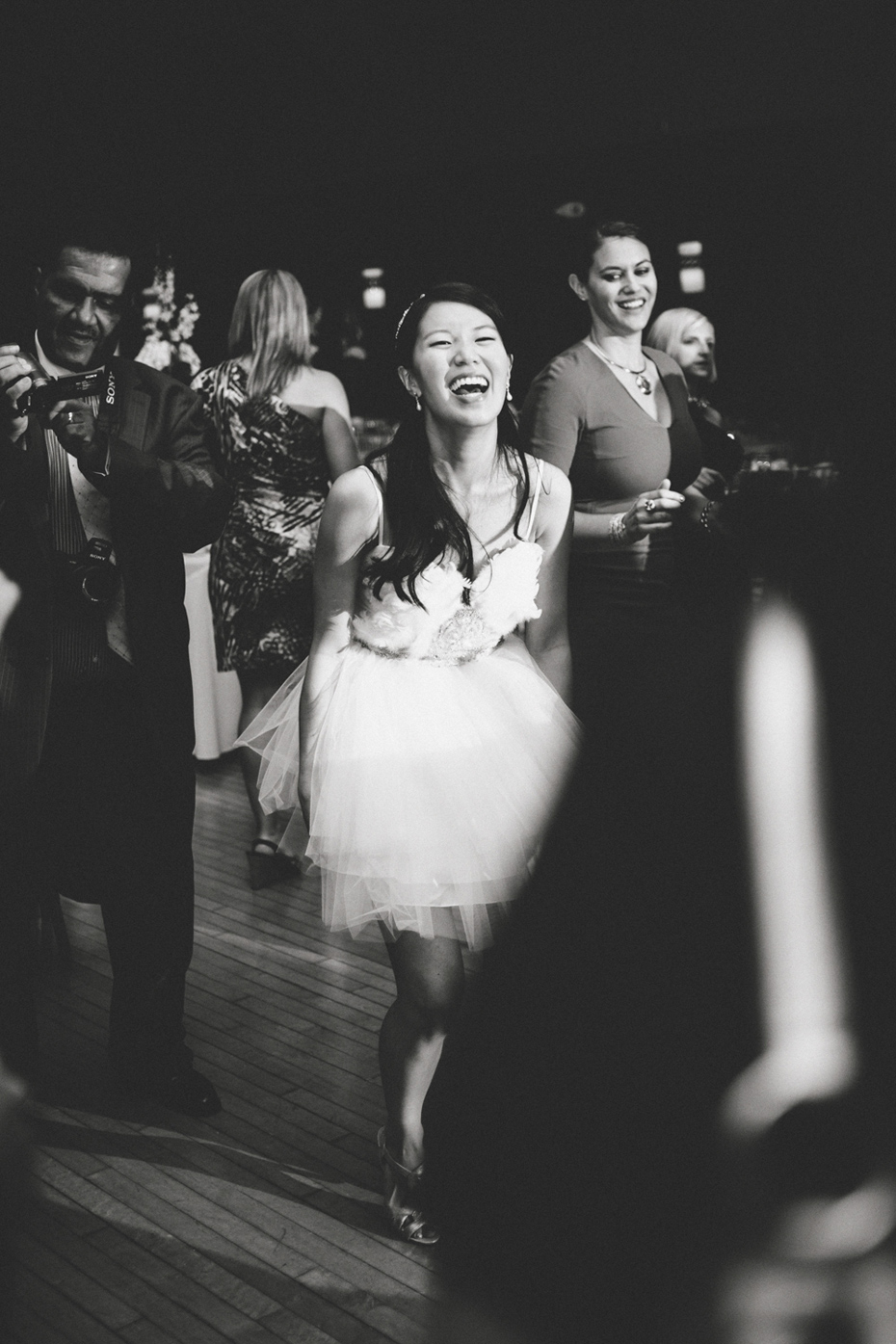 How much does a wedding really cost and who should pay for How much should i pay for a wedding photographer