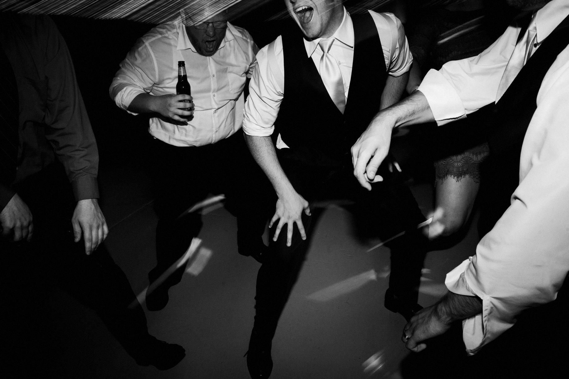 thumb michigan wedding photographer