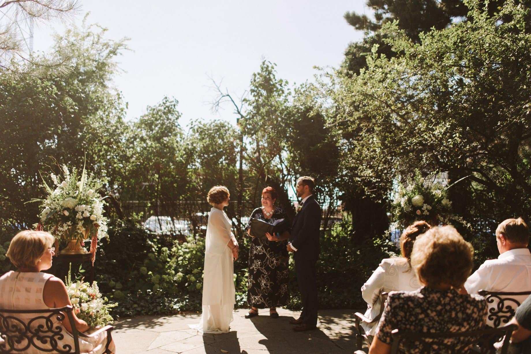 artist garden wedding at the Whitney in Detroit