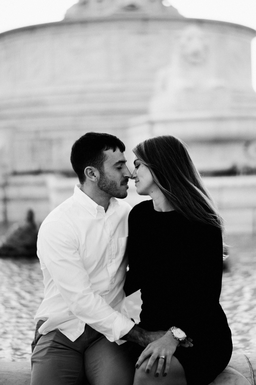 a couple poses on belle isle by Detroit wedding photographer HeatherJowett
