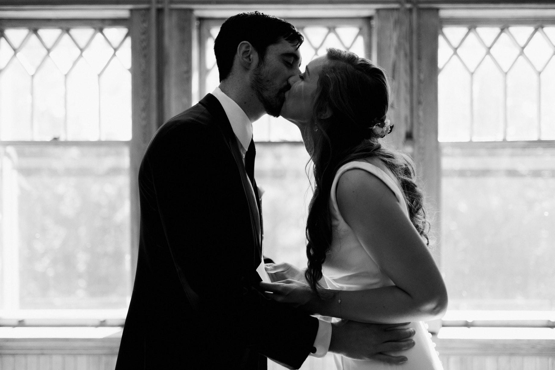 emotional wedding photography Detroit