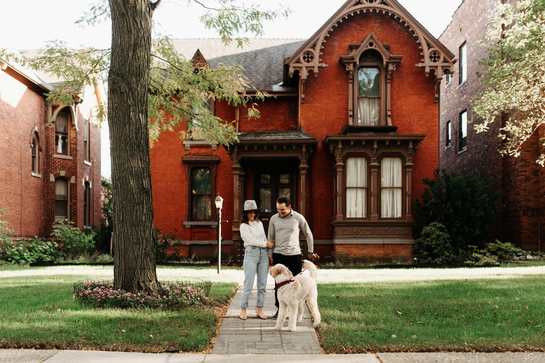 engagement photos on canfield in detroit