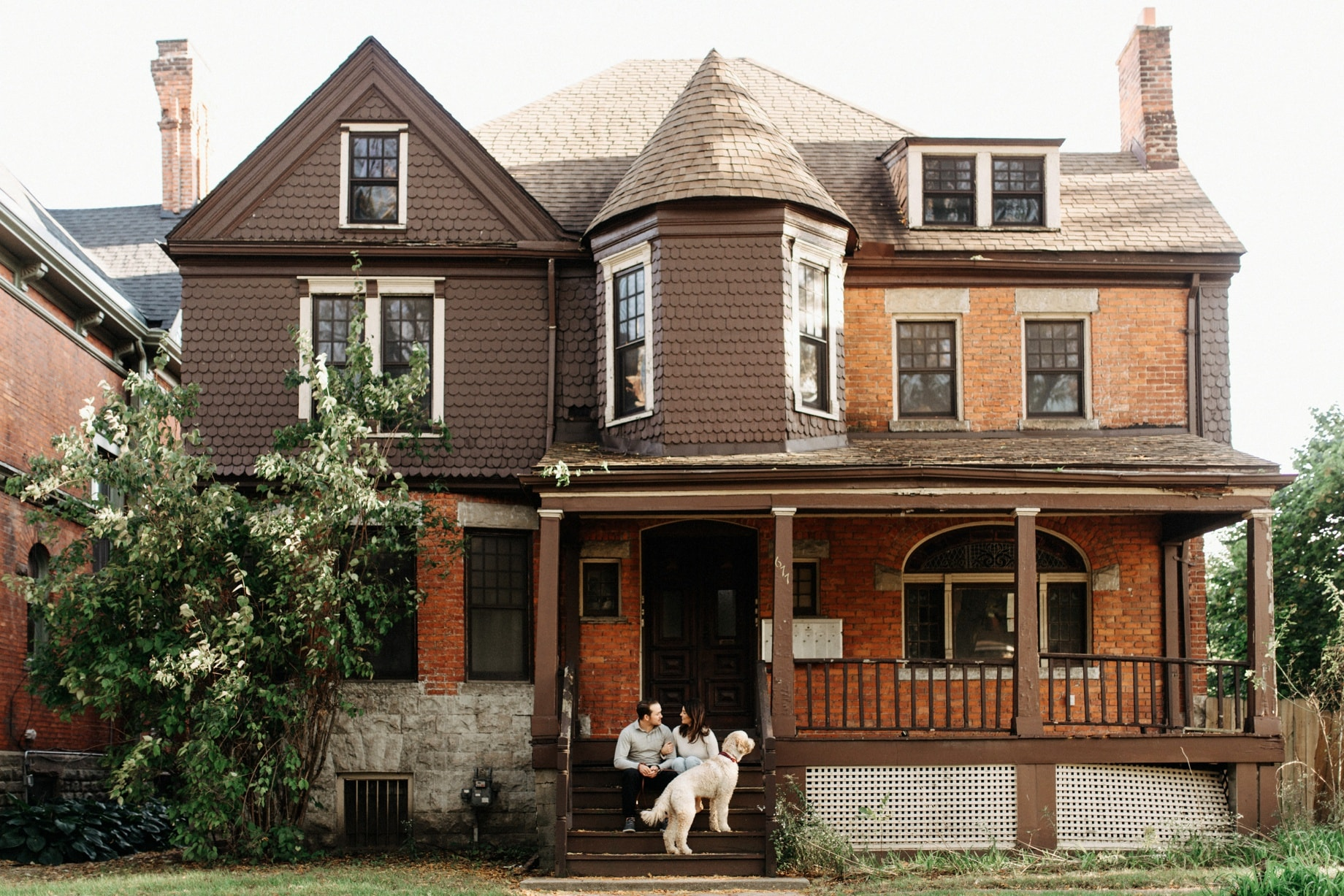 engagement photos in west canfield historic district of detroit