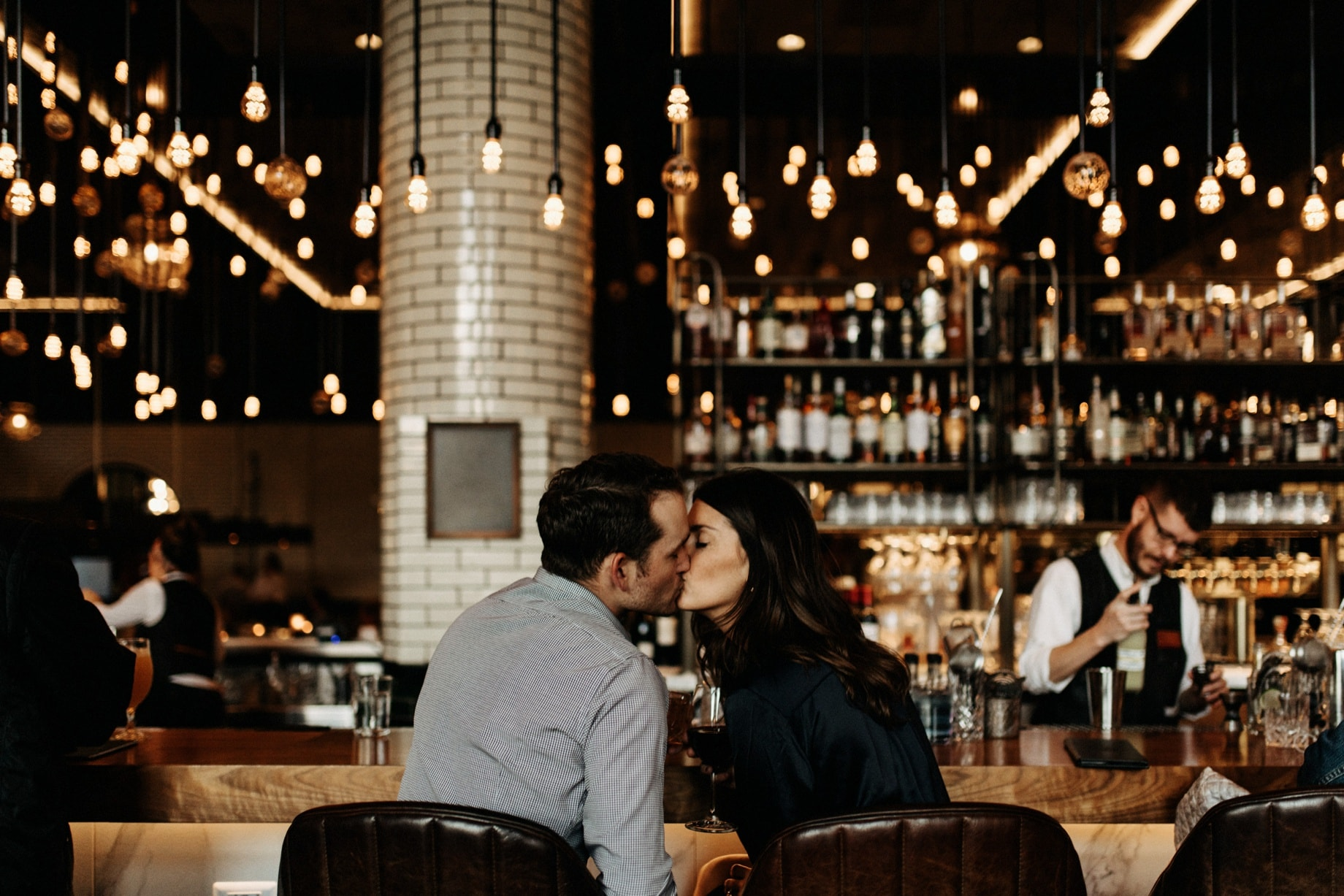 couple at the bar at the apparatus room in Detroit