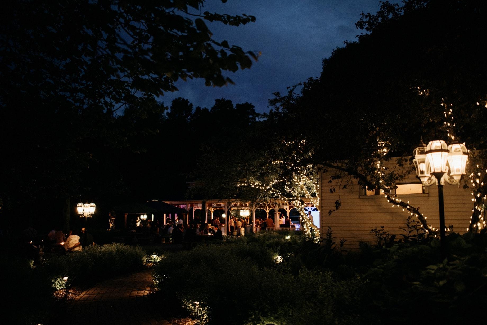 exterior evening shot of wellers in saline michigan